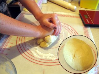 biscuit pastry - picture recipe step 4 knead